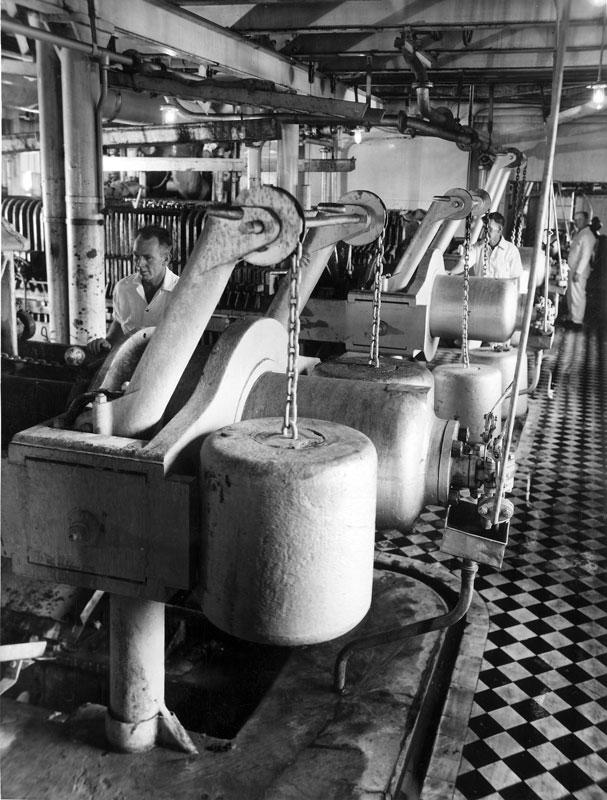 Filter station, 1947