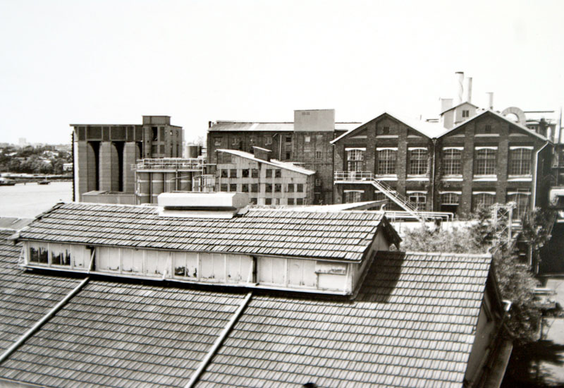 Across roof of Central Laboratory to the refinery and Tablet House