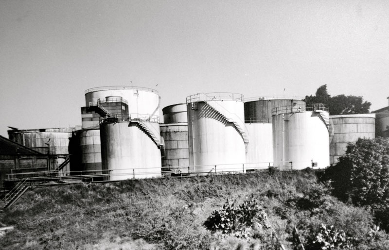 Molasses tanks