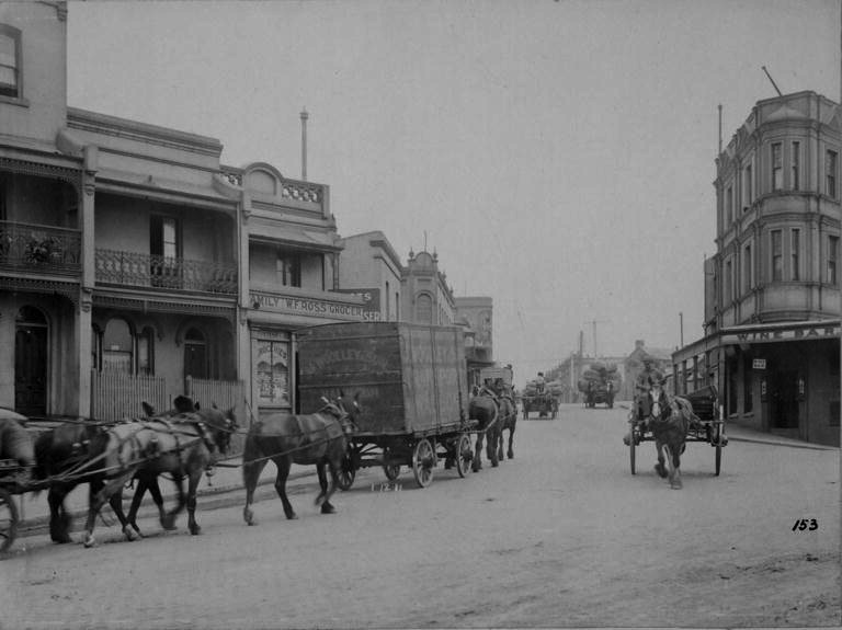 Horse-drawn carriages and carts 1911, Union Street and Pyrmont Bridge Road.